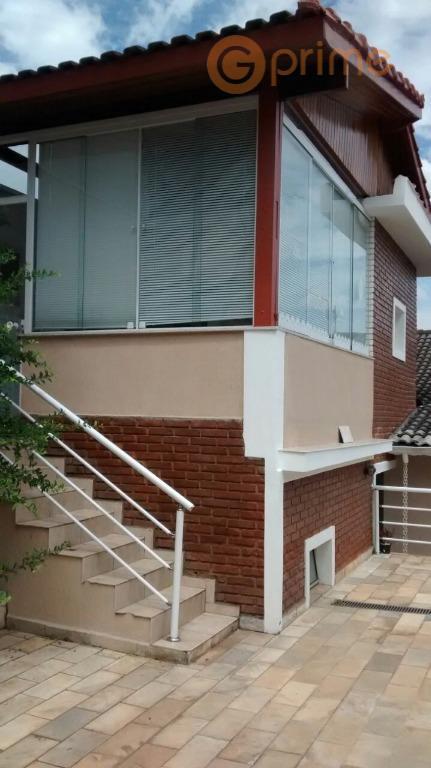 linda casa com 250 m² de área construída e terreno de 330 m² (10 x 33)....