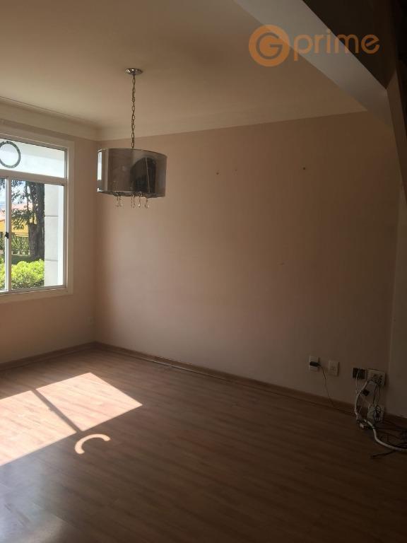 condomínio villagio maiacasa com 140 m², 4 dormts, 3 suítes, armários planejados e quintal com churrasqueira.excelente...