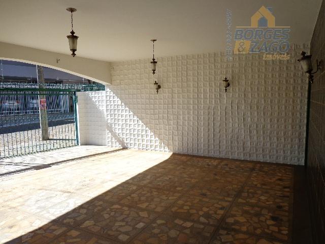 ótima localização com 03 quartos com armários sendo 03 suites , sala ampla, cozinha, área de...