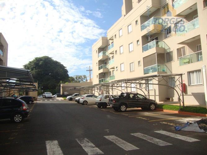 Apartamento residencial à venda, Conjunto Frei Eugênio, Uberaba.