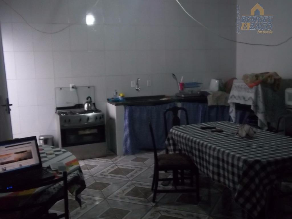 casa em condomínio fechado, com 03 quartos, sendo 01 suíte, sala, banheiro social, cozinha, varanda, 02...