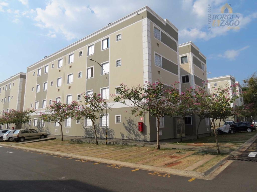 Apartamento  residencial à venda, Conjunto Pontal, Uberaba.