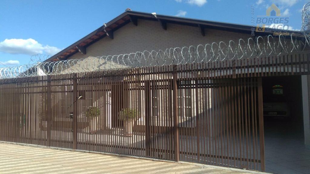 Casa residencial à venda, Conjunto Guanabara, Uberaba.