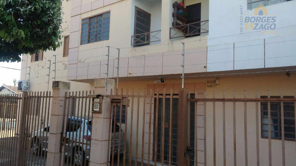 Apartamento residencial à venda, Olinda, Uberaba.