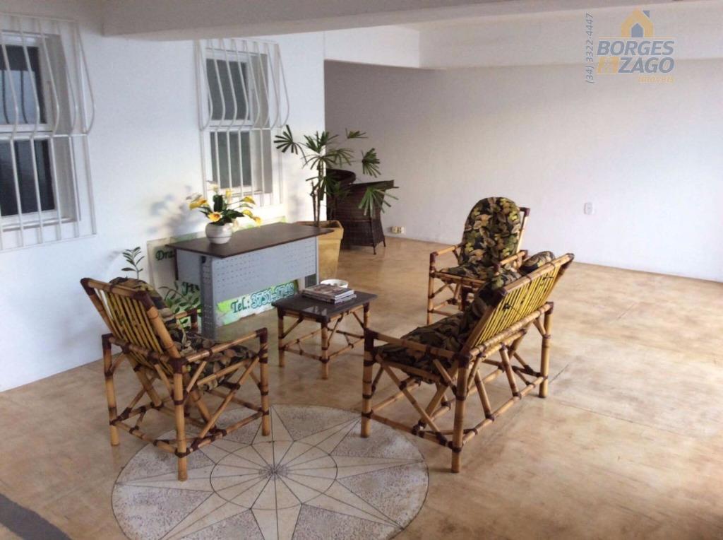 sala comercial em clínica já montada com 14 m², excelente localização. próximo ao shopping uberaba.(61224)