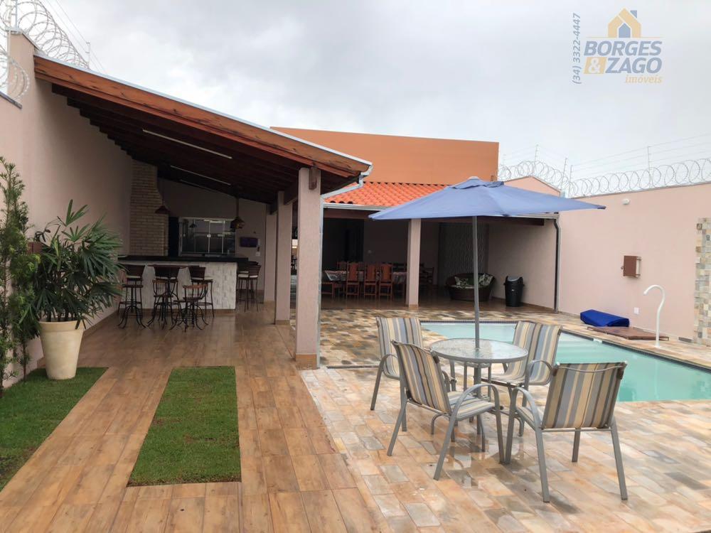 Casa temporada para locação, Parque das Laranjeiras, Uberaba.