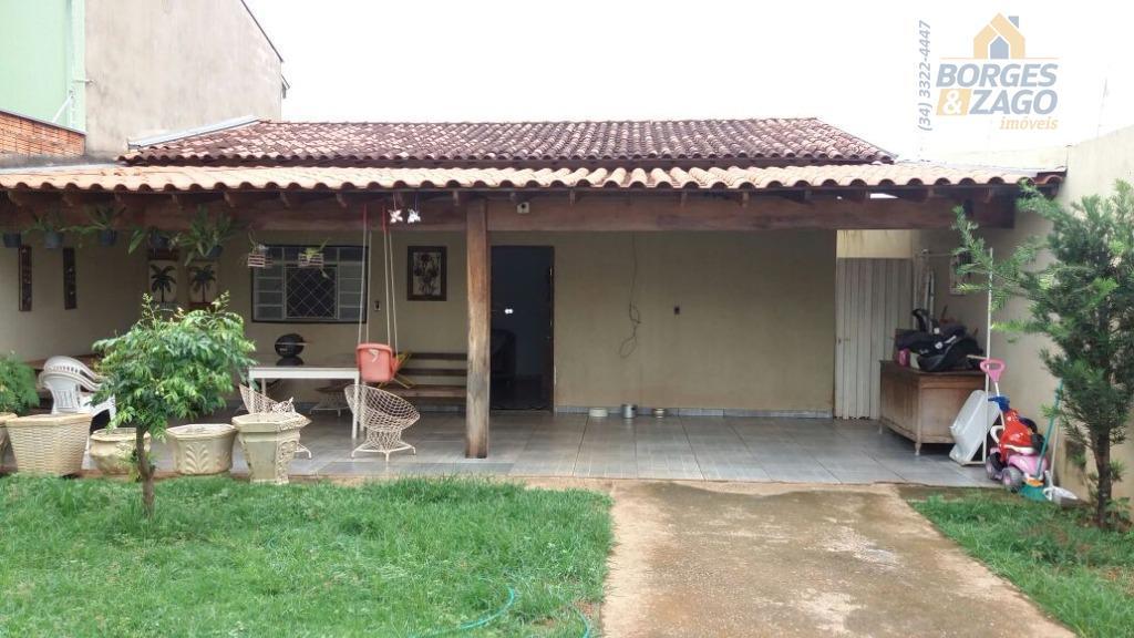 Casa residencial à venda, Dom Eduardo, Uberaba.