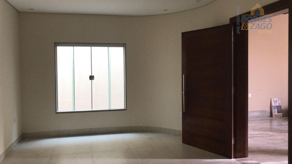 casa nova - 03 quartos sendo uma suíte, sala dois ambientes, sala de tv separada, varanda...
