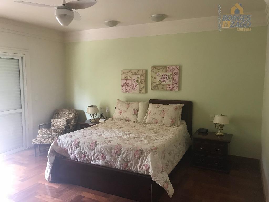 excelente casa. térreo: sala de visita, sala de jantar, ampla varanda em l, com sala, churrasqueira,...