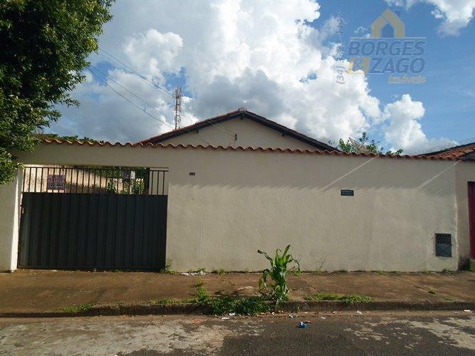 Casa residencial para locação, Conjunto Uberaba, Uberaba.