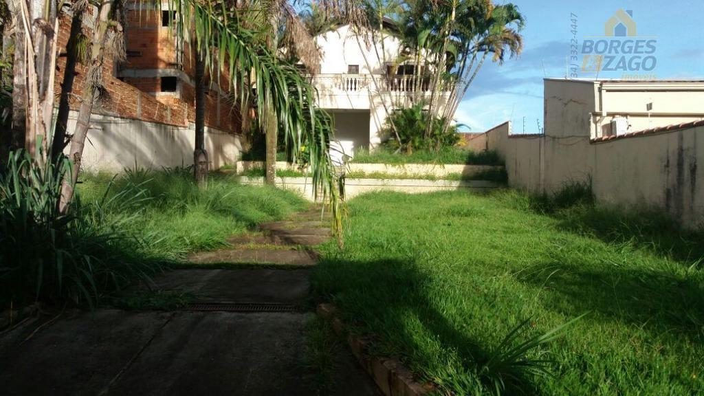 Casa residencial à venda, São Benedito, Uberaba.