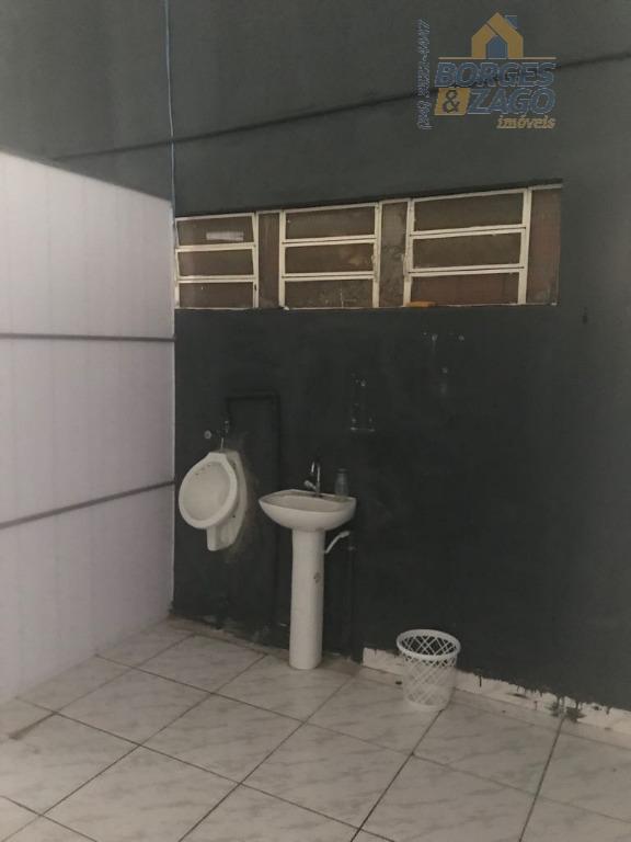 ótima localização. amplo galpão com recepção, copa, 2 salas e 2 banheiros. (65328)