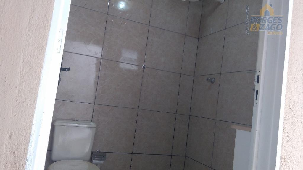 02 quartos sendo 01 suite com banheira de hidromassagem,quartos planejados,banheiros social com box de blindex,sala ampla,cozinha...