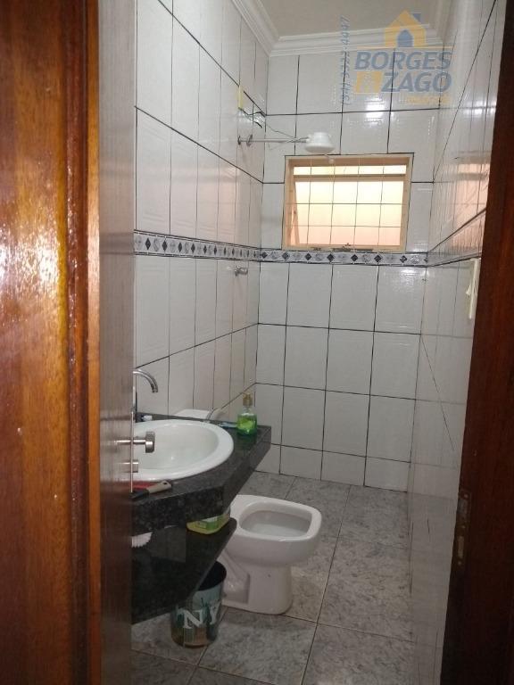 03 quartos,sendo 01 suite,sala,copa,cozinha banheiro social,área de serviço coberta e garagem para 01 carros,valor incluso ponto...