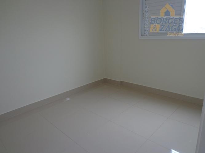 apartamento novo. 03 quartos sendo 01 suíte com sacada e armarios, banheiro social, sala com sacada,...