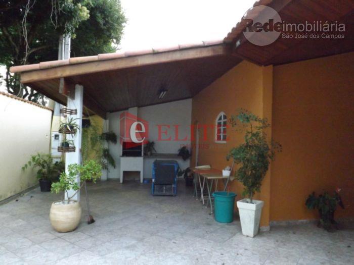 Casa lote inteiro rua sem saída no Jardim Satélite, aceita troca por apartamento de até R$150.000 -São José dos Campos - CA0932.