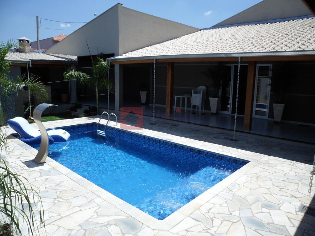Casa residencial à venda, São Vicente, Piracicaba.