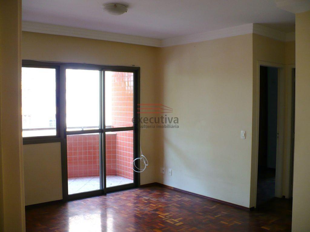 Apartamento residencial à venda, Vila Adyana, São José dos Campos.