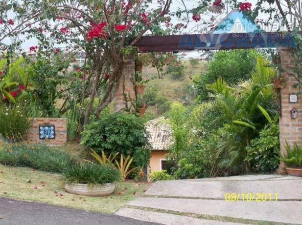 Sobrado residencial à venda, Mirante Do Vale, Jacareí - SO0829.