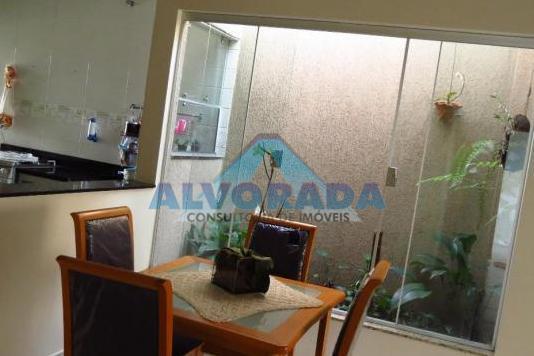 Casa residencial à venda, Jardim Satélite, São José dos Campos - CA1206.