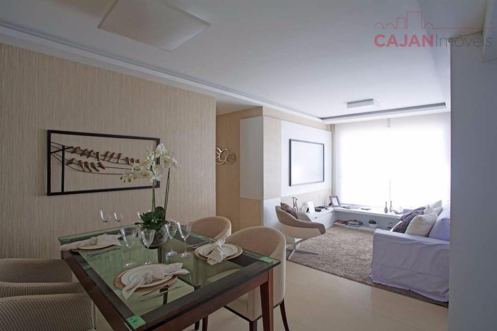 Apartamento 2 dormitório com 1 vaga de garagem no bairro Cavalhada