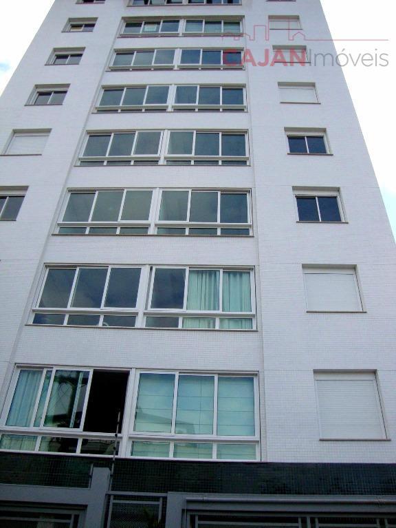 Apartamento 2 dormitórios com 2 vagas de garagem no bairro Partenon