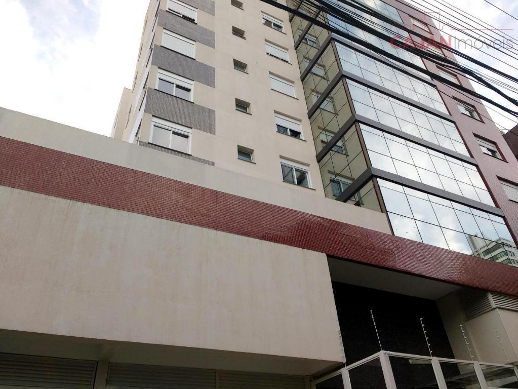 Apartamento de 2 suítes com 2 vagas de garagem no bairro Rio Branco
