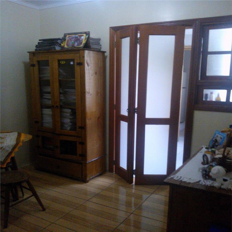 vende apartamento de 2 dormitórios,1banh, sala, sala jantar, cozinha, area serviço, elevador, gas, andar lateral, condominio...