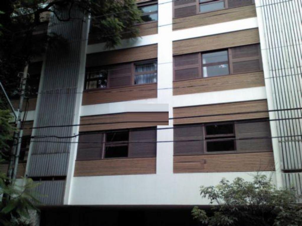 Apartamento 4 dormitórios (1 suíte) e 2 vagas no bairro Independência