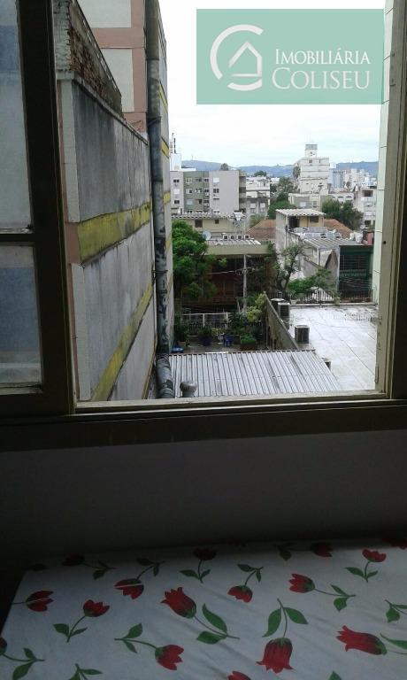 excelente apartamento de 1 dormitório na cidade baixa, próximo a mercados e estacionamento, condominio baixo ficam...