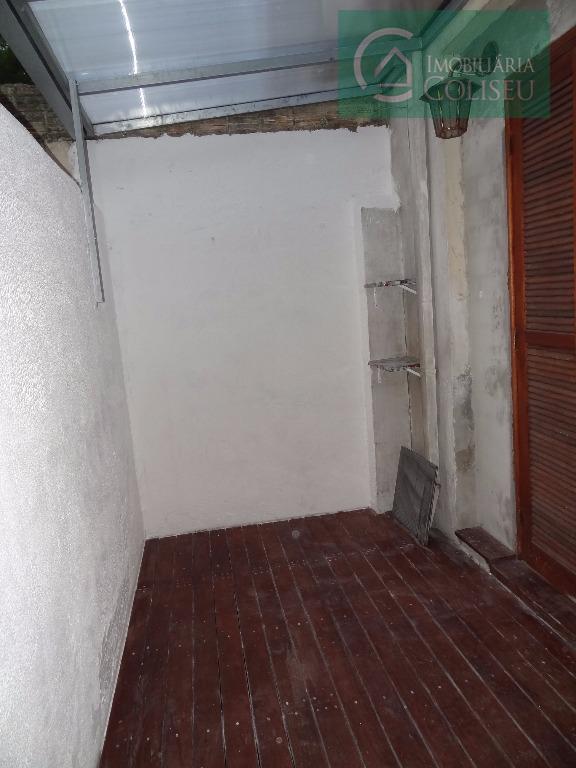 coliseu vende jk mobiliado com tudo dentro, tem uma cama box, uma tv 42 pol., um...