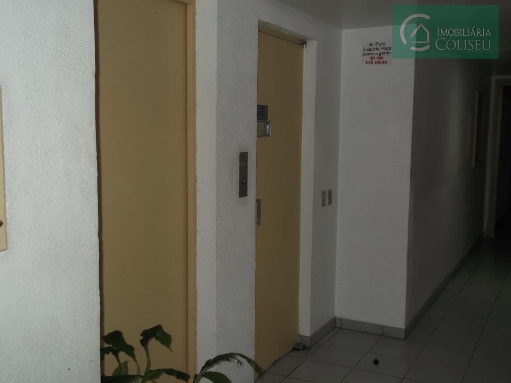 excelente apartamento 01 dormitório semi-mobiliado, quarto e cozinha sob medida, banheiro reformado com porta térmica ,área...