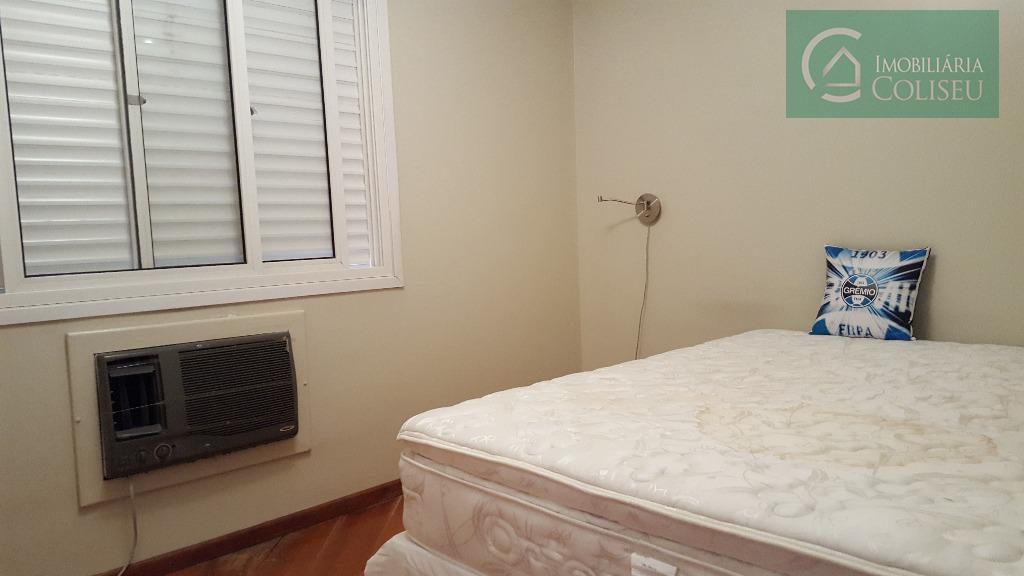 excelente 3 dormitórios, mobiliado, armários e camas nos três dormitórios, cozinha completa, sofá e sala de...