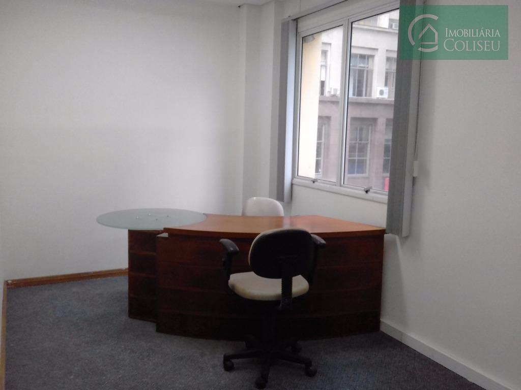 Salas com secretária e sala de reuniões compartilhada