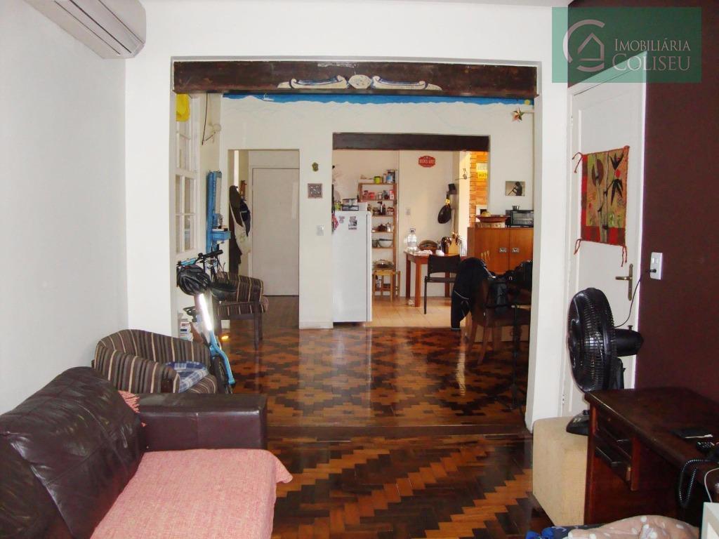 Apartamento de 2 dormitórios (transformado em 1) com vaga de garagem no bairro Santana