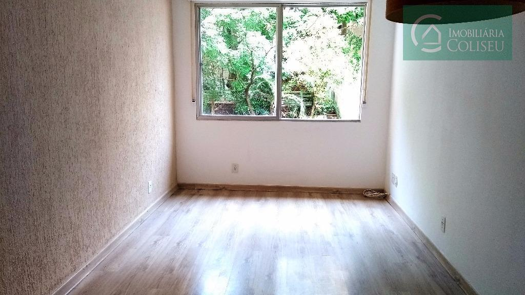 coliseu vende lindo apartamento, iluminado, silencioso, piso laminado, cozinha americana, área de serviço, dependência transformada em...