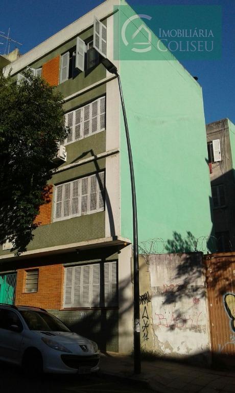 Apartamento residencial à venda, Centro Histórico, Porto Alegre.