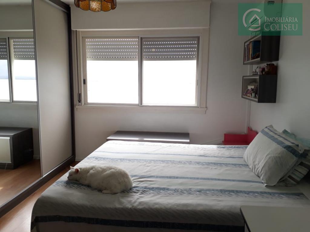 aluga apartamento 03 dormitórios sendo um suíte, com vista deslumbrante para o rio guaíba e belíssimo...