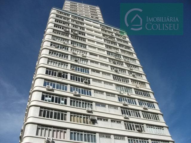 Sala para alugar, 51 m² por R$ 750/mês