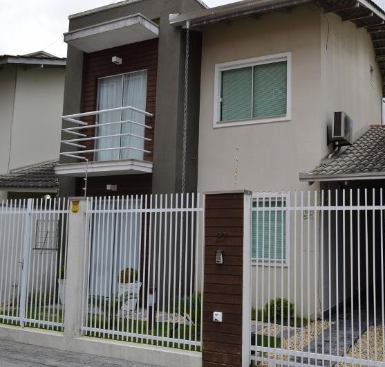 Sobrado  residencial à venda, São Vicente, Itajaí.