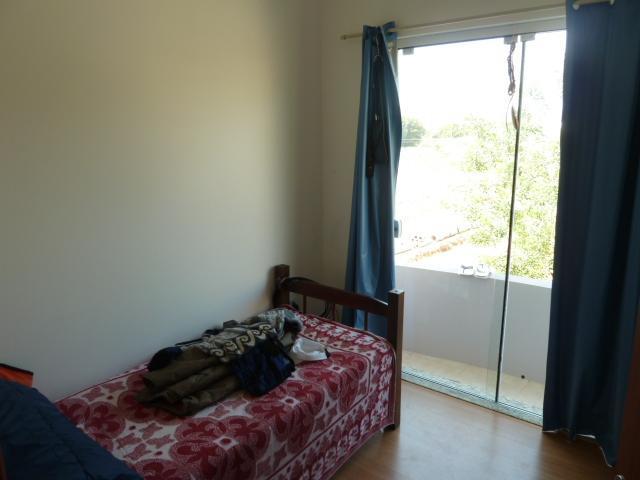casa c/ 01 suíte, 02 quartos, sala, lavabo, wc social, escritório, cozinha, área de serviço, sacada,...