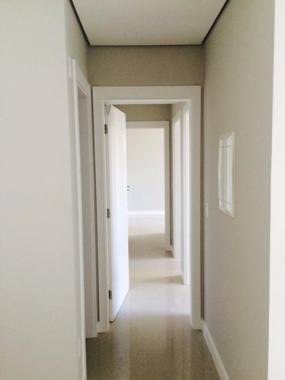 apto c/ 01 suíte, 02 quarto, cozinha, área de serviço, estar/jantar, wc social, lavabo, sacada c/...