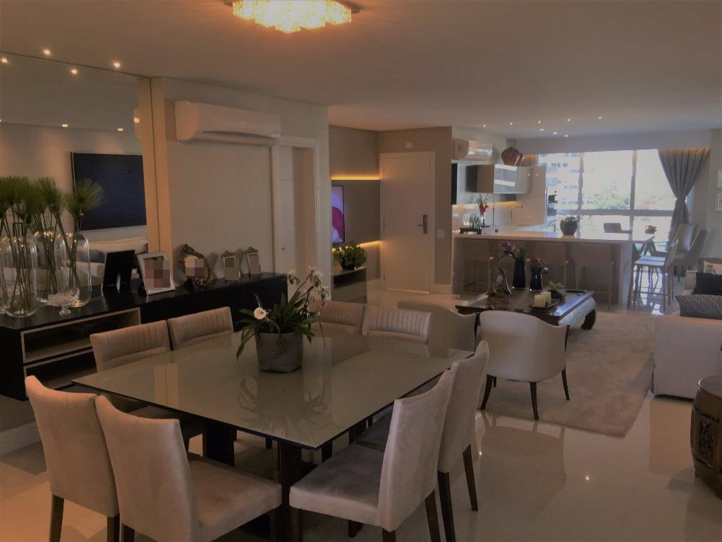belíssimo apartamento mobiliado no brava home resort c/ 04 suítes (sendo 01 master c/ sacada), ampla...
