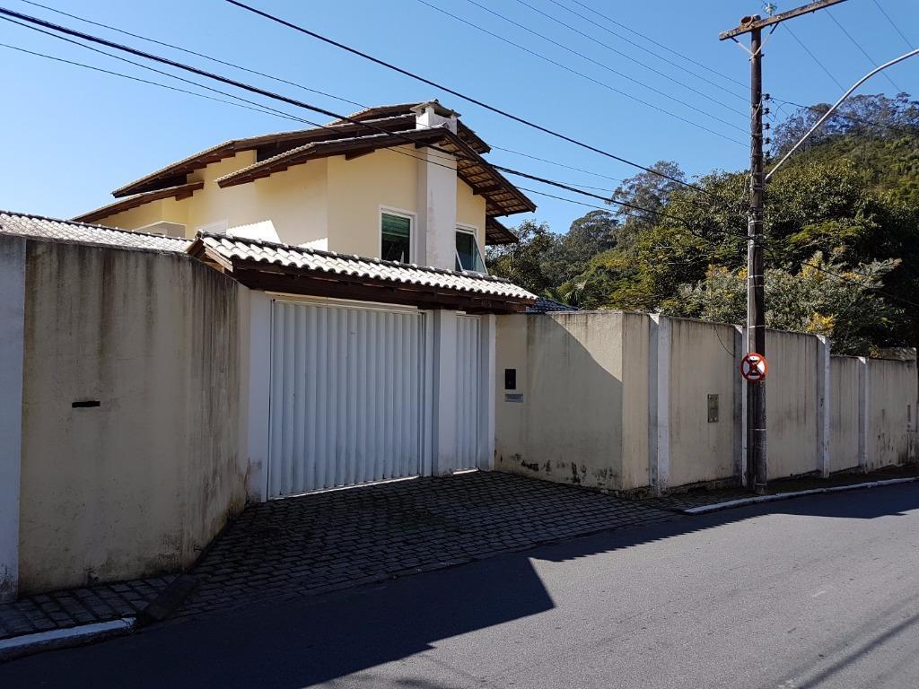 Casa residencial à venda, Cabeçudas, Itajaí.