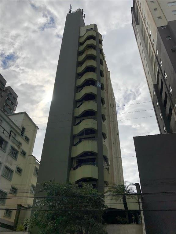 Apartamento residencial à venda, Centro, Itajaí - AP0934.