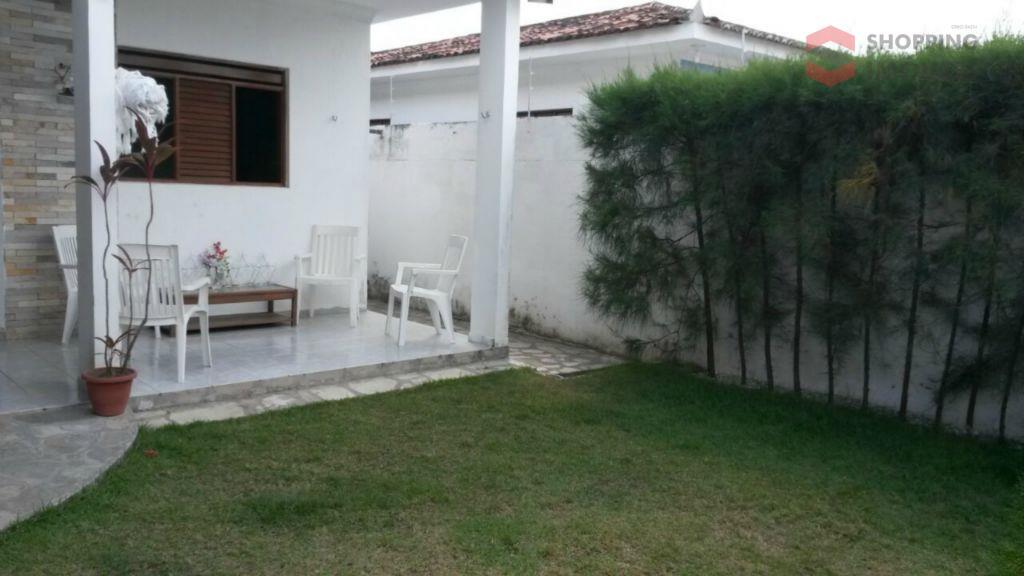 Excelente casa no Cristo Redentor com piscina, churrasqueira, jardim