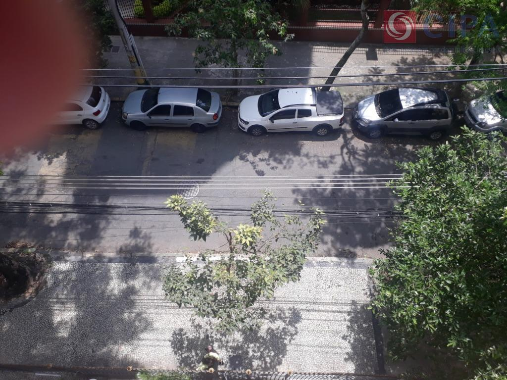 tijuca,rua dezoito de outubro, arborizada, aproximadamente a uns 10 minutos da estação do metrô estação uruguai,...