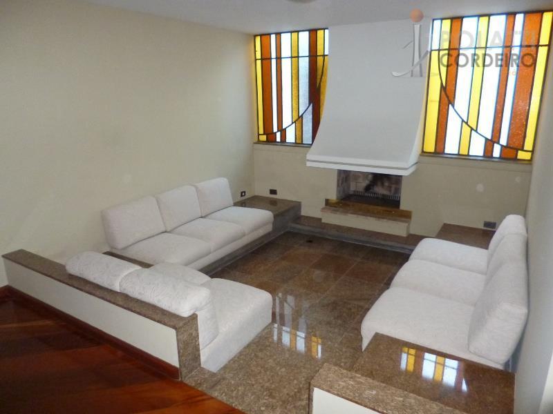 excelente residência com localização privilegiada, no jardim social, contendo 4 quartos (sendo 3 suítes - master/júnior/hóspede),...