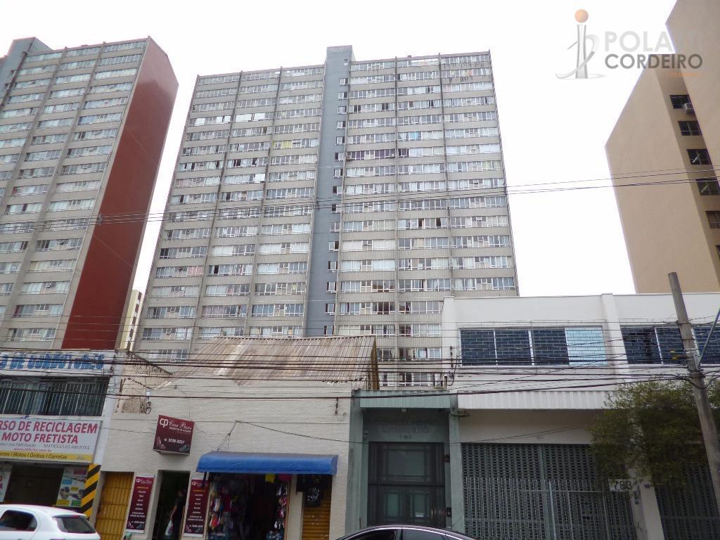 Ótimo apartamento  residencial para locação, Centro, Curitiba.
