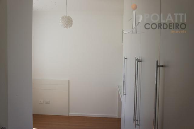 ótimo apartamento no mossunguê, com 3 quartos (uma suíte), ampla sala para 2 ambientes, sacada com...